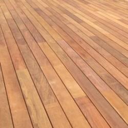 Lame de Terrasse Bois Exotique IPE KD Lisse 2 Faces 20x140 en 2.45m
