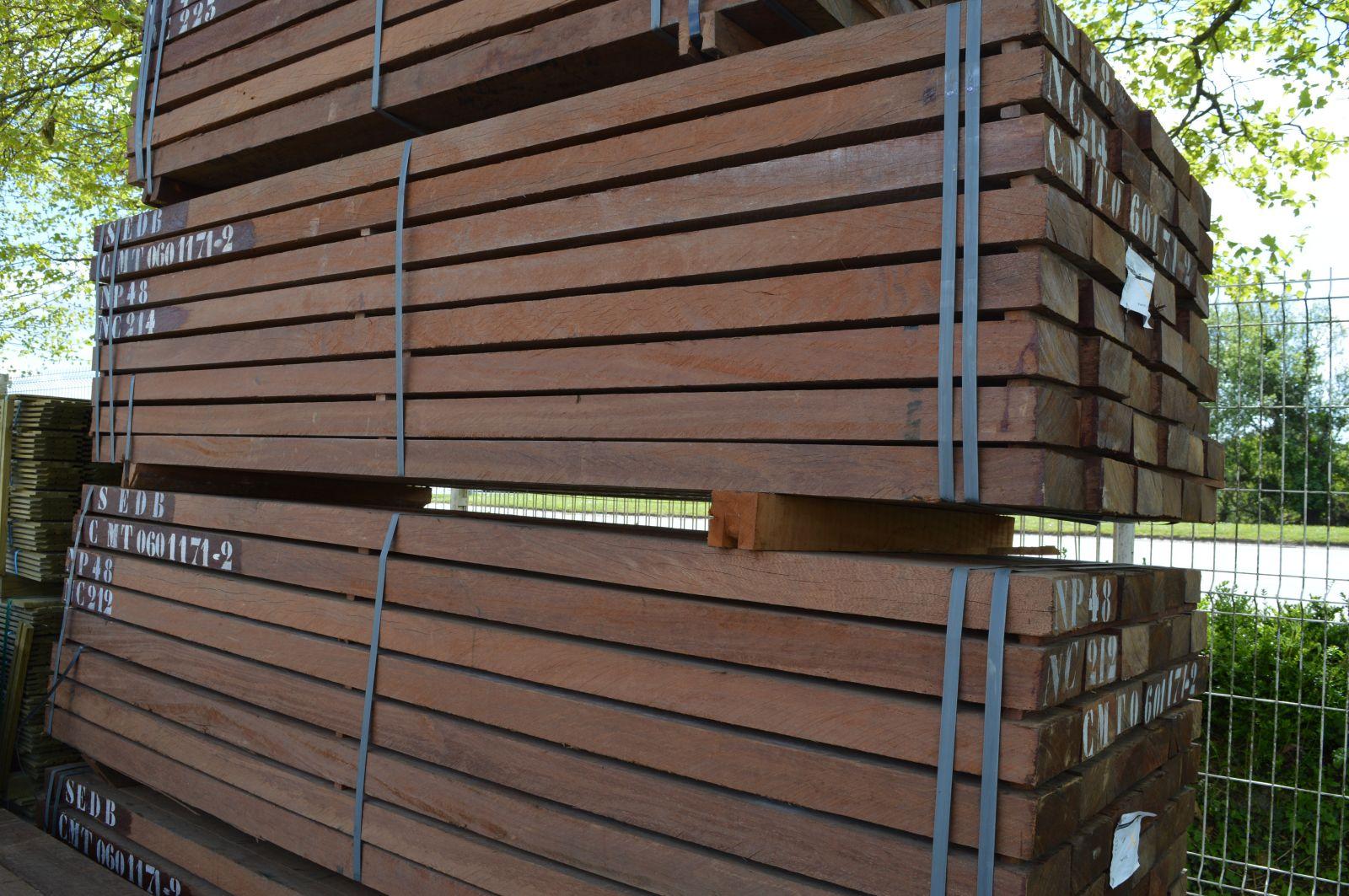 Tasseau Bois Exotique Exterieur solive azobé 70x170mm qualité fas 1er choix brut ad en 2m60 - sud bois :  terrasse, bois direct scierie
